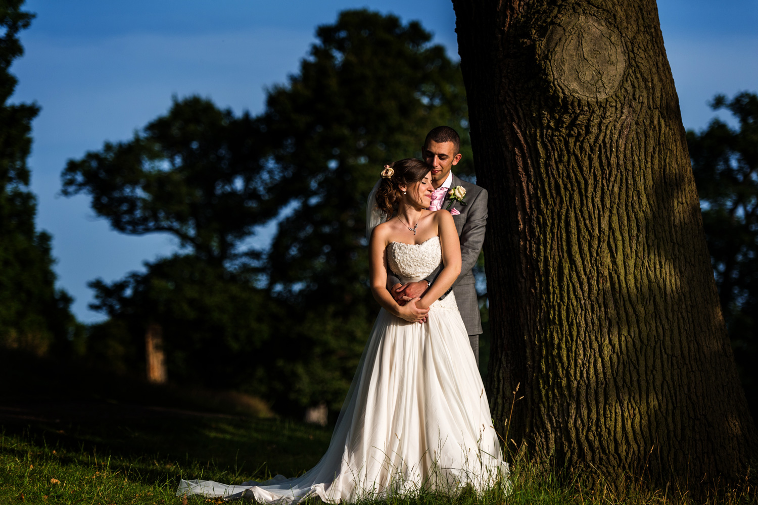 Richmond park portrait of bride and groom