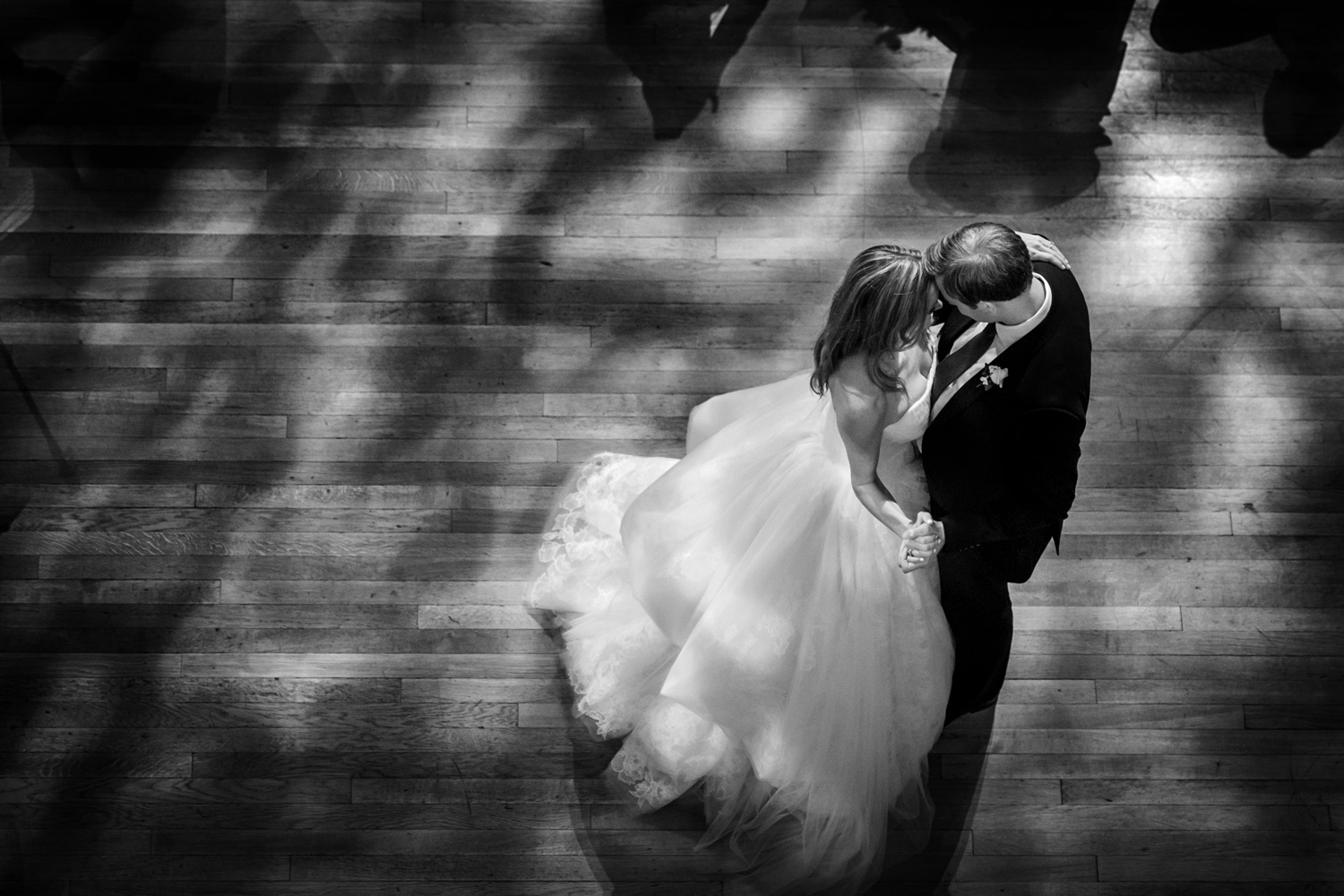 stunning first dance shot