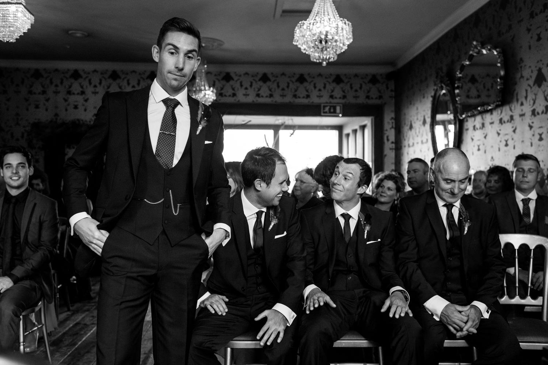 The-Bell-Inn-Ticehurst-Wedding-Photographer14