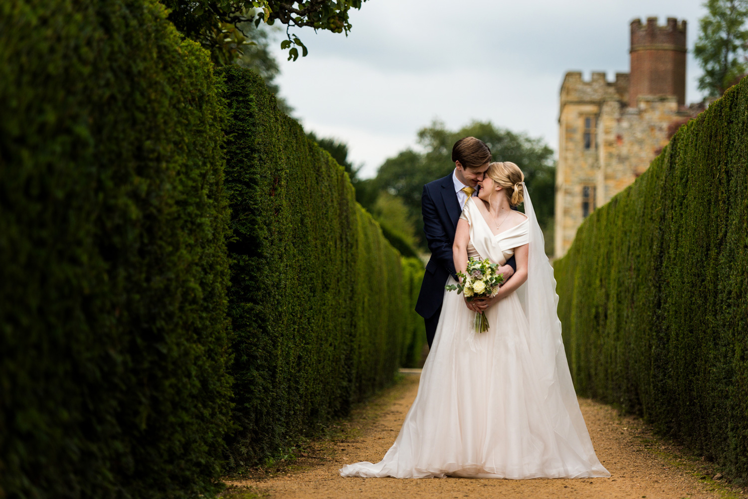 Penshurst Place Wedding Photographer, – Emma & Michael